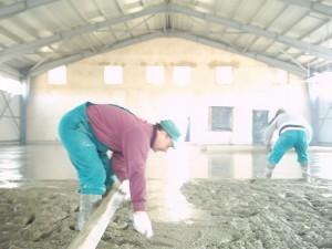 beton bedolgozása